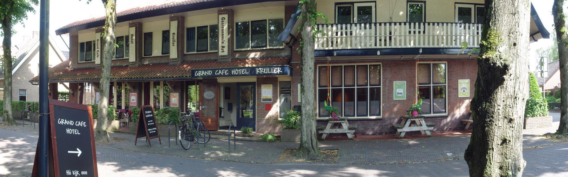 Een leuk hoteltje op de Veluwe? Bezoek Grand Cafe Hotel Kruller in Otterlo